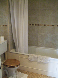 Old Rectory B&B - Cedar Room - Ensuite